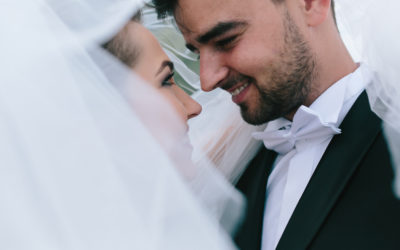 Should You See the Bride Before the Wedding?